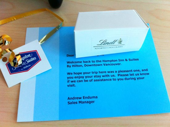 Hampton Inn & Suites Downtown Vancouver: A welcome note and chocolates - always nice