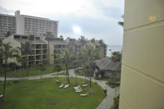 Aston Kaanapali Shores: Grounds view from fifth floor
