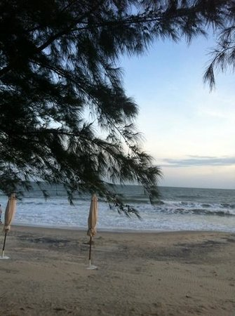 Phu Hai Beach Resort & Spa: пляж