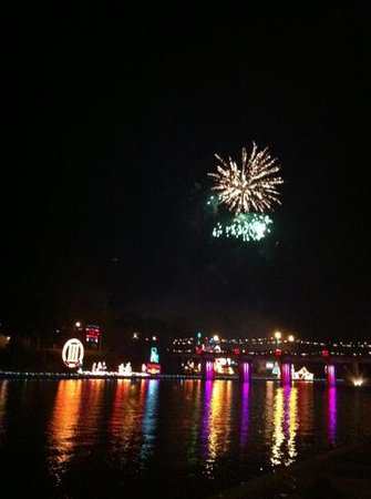 Historic District Shopping: Fireworks during the City of Lights