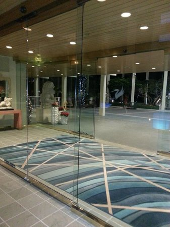 Hyatt Regency Grand Cypress: Lobby Entrance