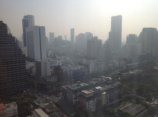 Pullman Bangkok Hotel G: view on the vibrant Silom area