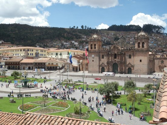 ‪‪Plaza de Armas Cusco Hotel‬: City center from roof
