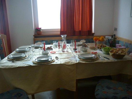 Appartement Hotel Erlhof: La tavola di Natale