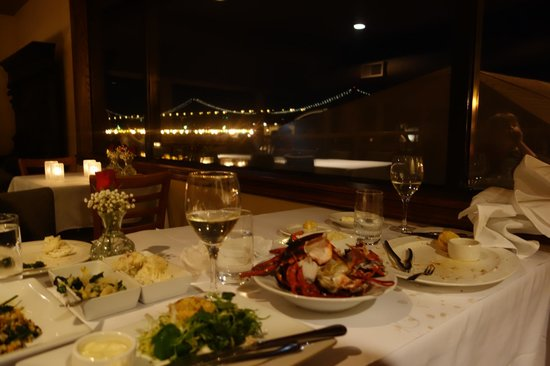 Waterfront Restaurant and Cafe: view of the bay bridge from our table...