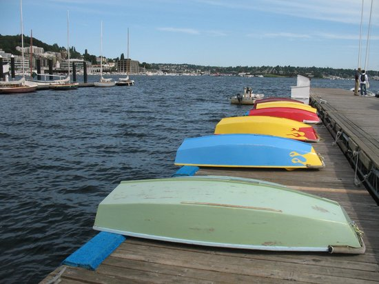The Center for Wooden Boats: Boats on the dock