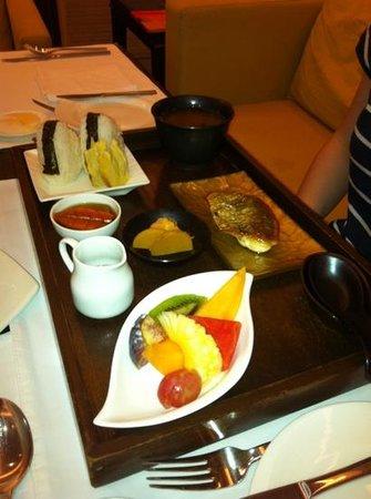 The Oberoi, Mumbai: breakfast