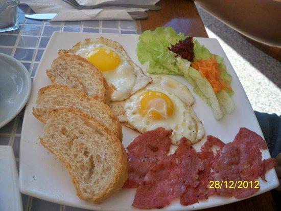 Restaurante Habaname: Huevos fritos $1.50 CUC