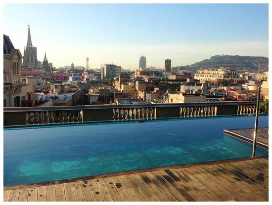‪‪Hotel Ohla Barcelona‬: View from the pool deck.. great.