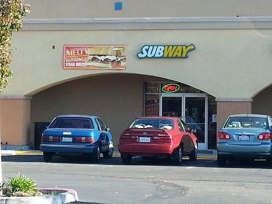 Subway: getlstd_property_photo