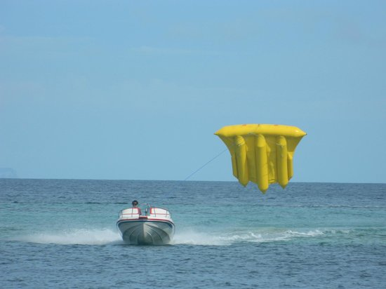 Peninsula Beach Resort Tanjung Benoa: water sports
