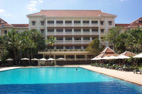 Royal Angkor Resort & Spa: Rear view of the Royal Angkor Resort, Siem Reap, showing the balcony rooms.