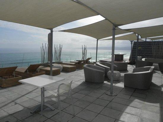 Views Boutique Hotel & Spa: Outdoor restaurant