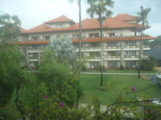 Peninsula Beach Resort Tanjung Benoa: hotel view
