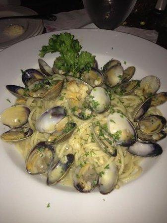 Pomodoro: spaghetti clams