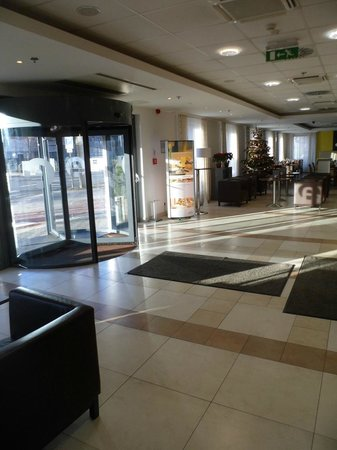 ACHAT Premium Hotel Budapest: Ingresso