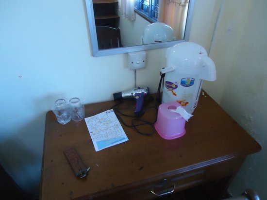 M.G.M. Hotel: M.G.M. Yangon Room 903 - Work Desk - LoyaltyLobby