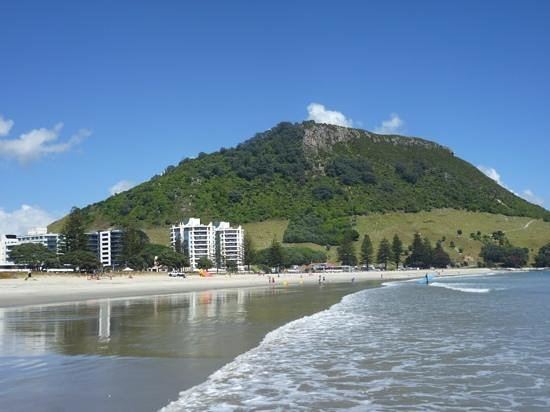 Quest Mount Maunganui: Mt Maunganui from the beach