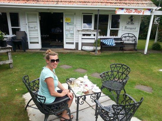 Waitotara, New Zealand: Devonshire Tea & Scones