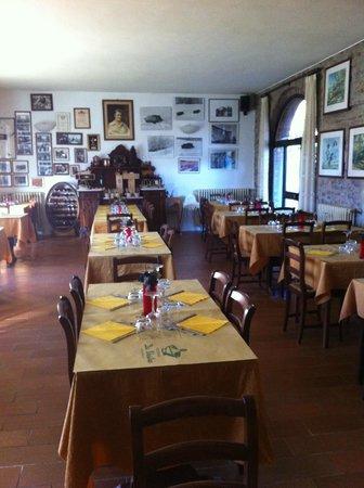 Albergo Da Vestro: Sala da pranzo del ristorante