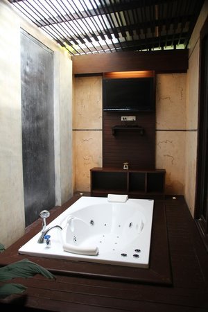 Railay Village Resort: Jacuzzi Villa