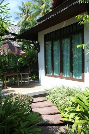 Railay Village Resort: Entrance to Jacuzzi Villa