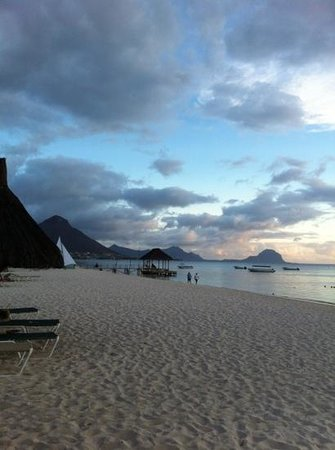La Pirogue Resort & Spa-Mauritius: plage