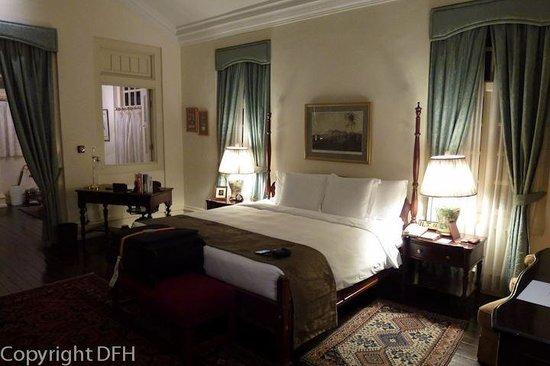 Raffles Hotel Singapore: Bedroom Section