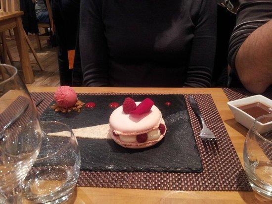 Dessert la vie en rose foto van a table vagney - La table a dessert ...
