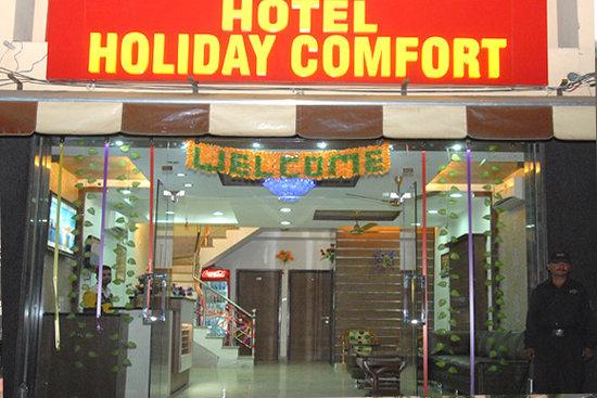 OYO 9056 Hotel Holiday Comfort
