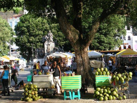 Mercado Modelo: PARC DU MARCHE COUVERT