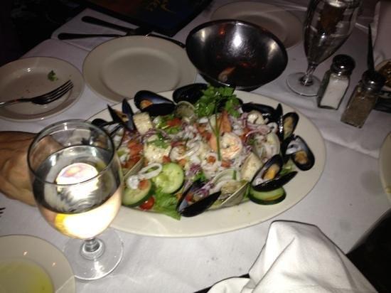 Artie's Steak & Seafood: Loosen your belt!