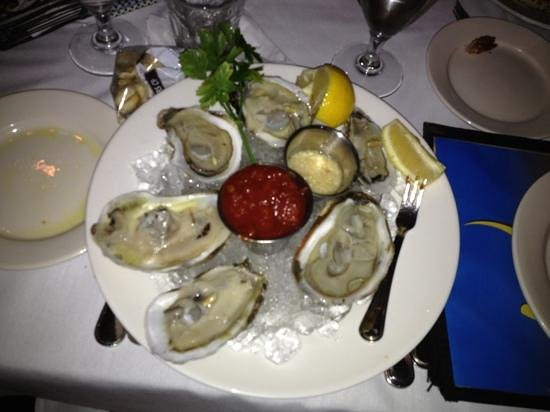 Artie's Steak & Seafood: Big, fresh, cold & delicious!