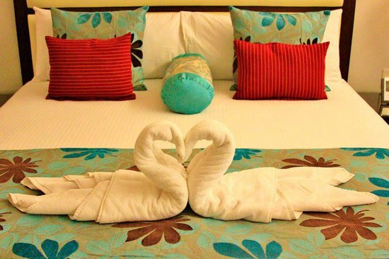 Hotel Masfino: king size bed