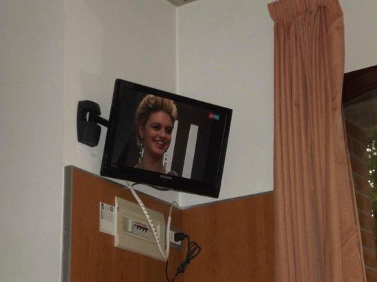 Hotel Centro Turistico Citta di Bologna: Tv con digitale.