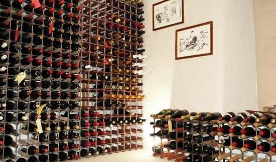 Cheskin House: The Wine Studio