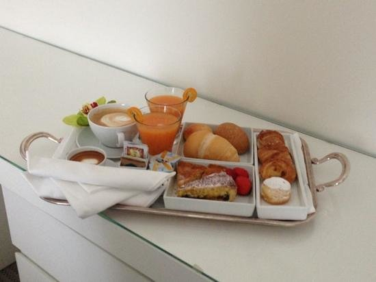 Hotel Belvedere: colazione in camera