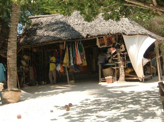 Dorado Cottage: Mercatino in spiaggia