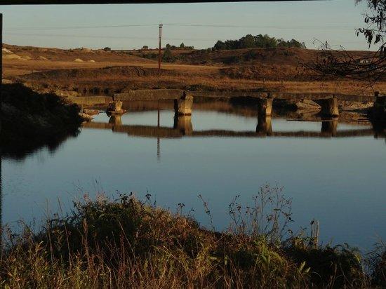 Jowai, India: Thlumuwi Stone Bridge