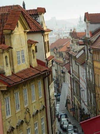Hotel Residence Bijou de Prague : View! Nerudova street