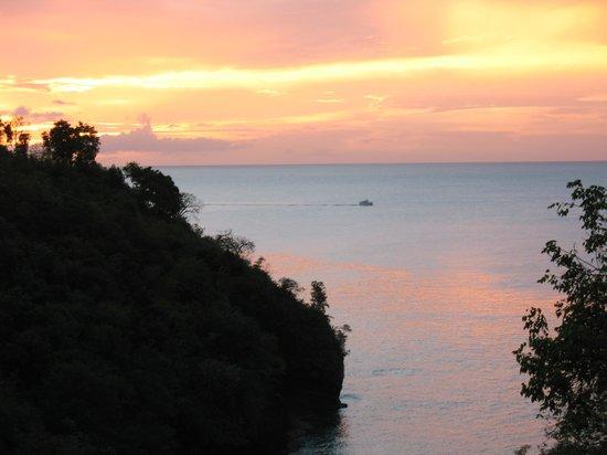 Villa Pomme d'Amour: Gorgeous sunsets