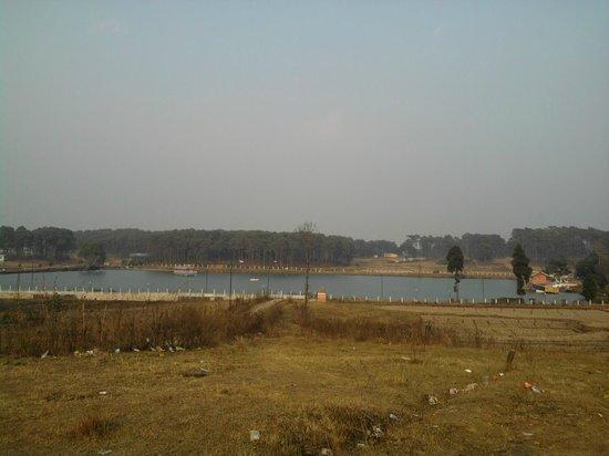 Jowai, India: Sajar Nangli Thadlaskein Lake