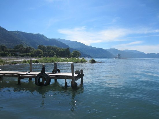 Hotel La Riviera de Atitlan: the dock