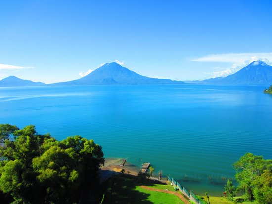 Hotel La Riviera de Atitlan: view from room