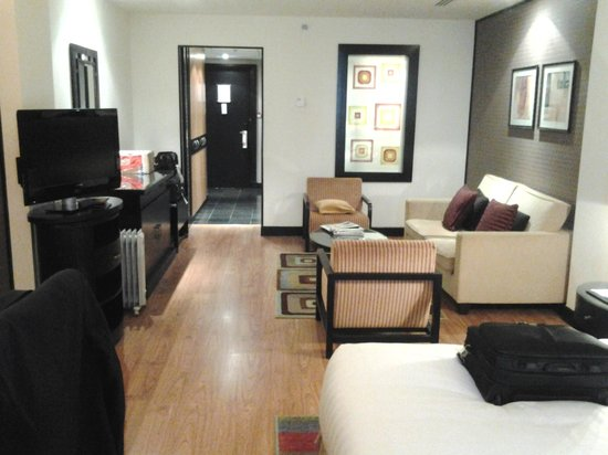 Crowne Plaza Al Khobar: Room