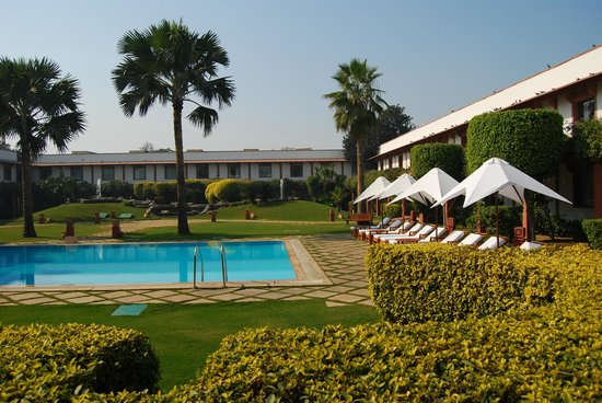 Trident, Agra: Pool Area