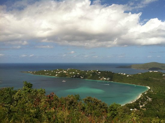 Magens Point Resort: Magens Bay Beach