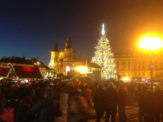 Jurys Inn Hotel Prague: Christmas Markets in Old Town