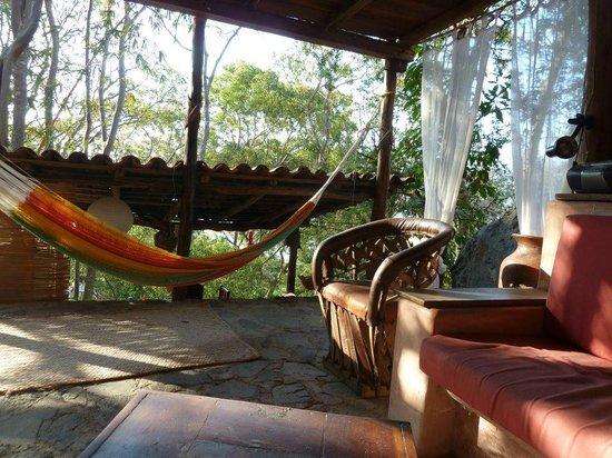 Casa de las Piedras : Casa Bambu living room
