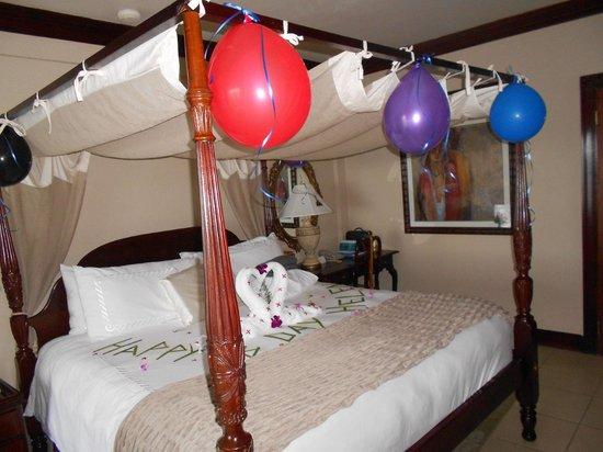 Sandals Royal Plantation: Jermaine and Marvin's Birthday Greetings